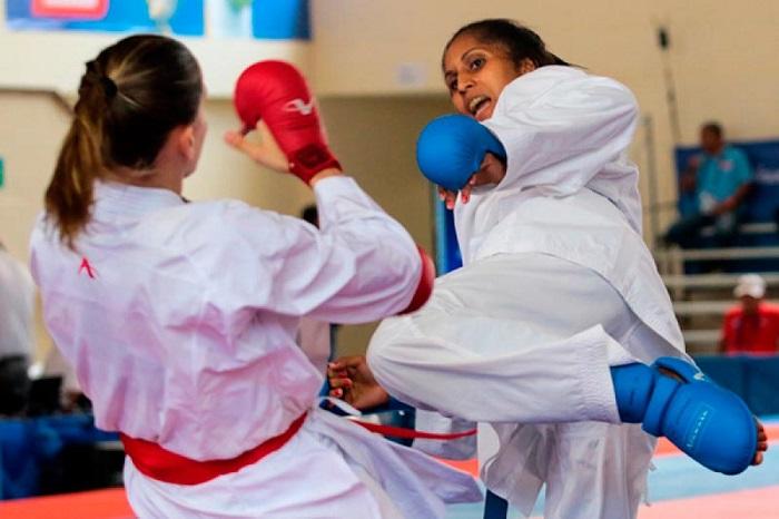 0318 karate femenino cuba