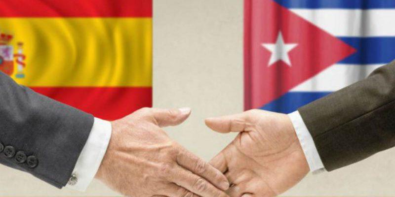 1709 banderas Cuba Espana