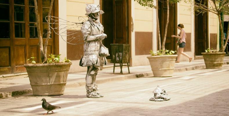 4529 HabanaVieja Estatuas Vivientes Onlinetours