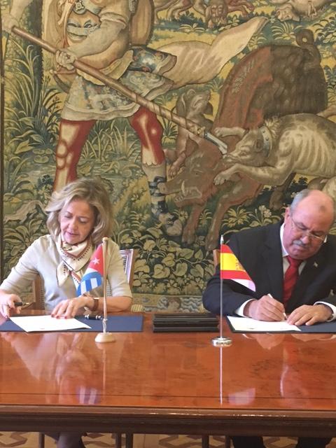 Firma del memorando entre Cuba y España 1