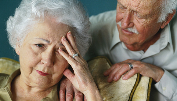 Personas mayores con Alzheimer A