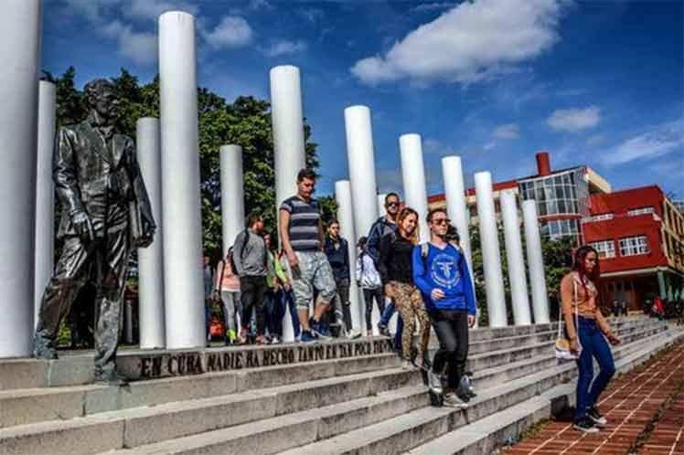 Universidad UCI