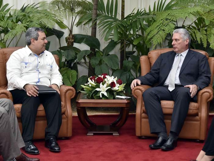 diaz canel presidente banco centroamericano foto estudios revolucion