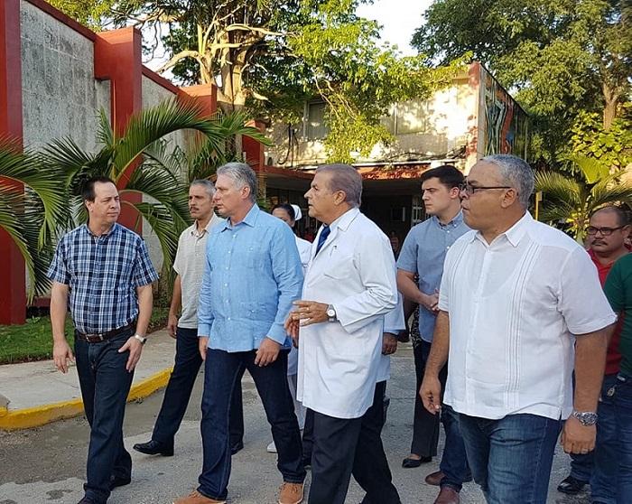inicia presidente cubano recorrido hospital frank pais julio 2019