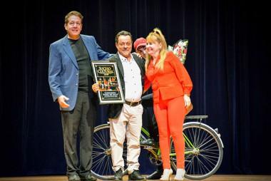 El trovador Fernando Cabreja gana Premio al Suceso Cultural en Holguín