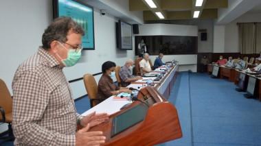Presentan proyecto de maíz hibrido transgénico creado en Cuba