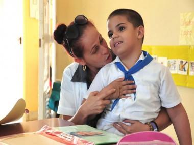 Compromiso y calidad en los educadores cubanos