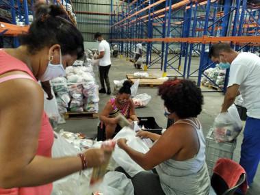 Alimentos donados por naciones amigas comenzarán a distribuirse hoy en Cuba
