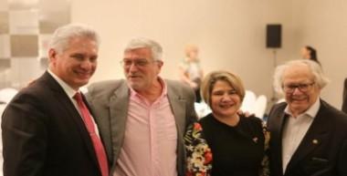 Prosigue presidente de Cuba apretada agenda de trabajo en Argentina