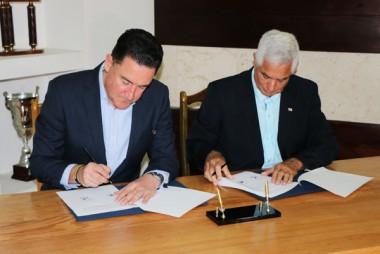 Acuerdan convenio de colaboración en Béisbol Cuba y Australia
