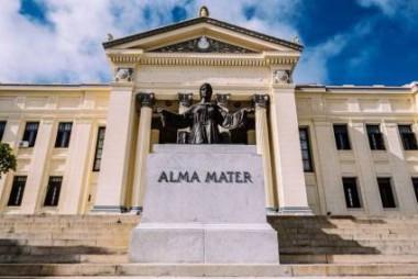 Ratifica el Alma Mater su compromiso con la Patria