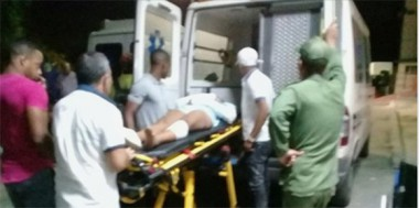 Uno de los heridos durante el traslado al hospital. Foto: Facebook de Ricardo Gómez.