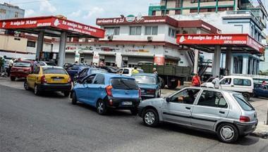 Servicentros de Cuba extenderán uso de tarjetas magnéticas
