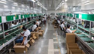 Cajas decodificadoras para TV, televisores y soluciones fotovoltaicas: ¿Cómo afecta el bloqueo a la industria electrónica cubana?