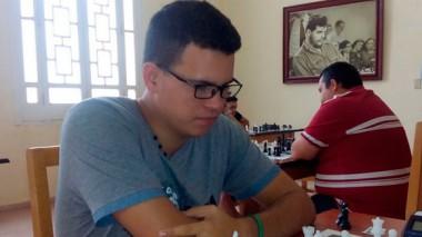 Luis Ernesto Quesada Pérez (2 491), Gran Maestro del ajedrez cubano