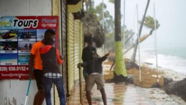 Huracán María afecta a la República Dominicana