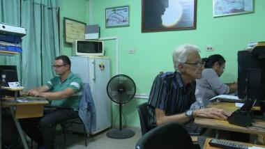 Especialistas del Centro meteorológico provincial de Pinar del Río