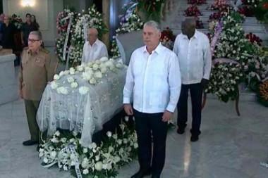 Asisten Raúl Castro y Díaz-Canel a funerales de Alicia Alonso