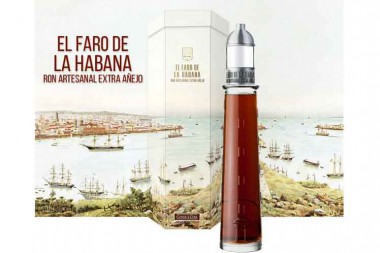 Presentan Conde de Cuba, nuevo ron de colección