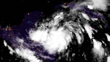 tormenta tropical Zeta