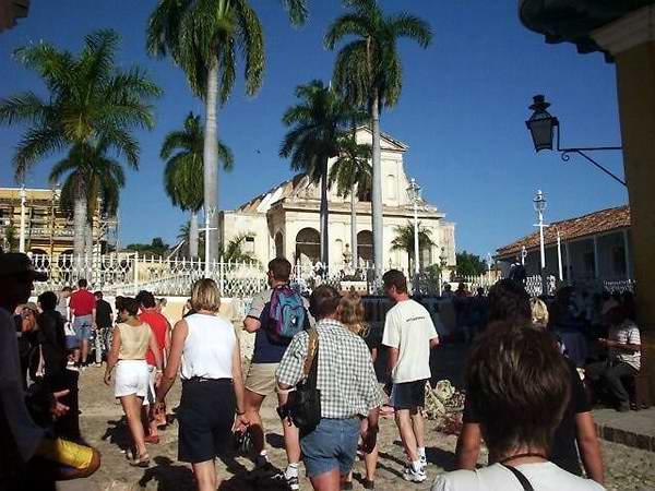 turistas trinidad sancti spiritus foto diario escambray