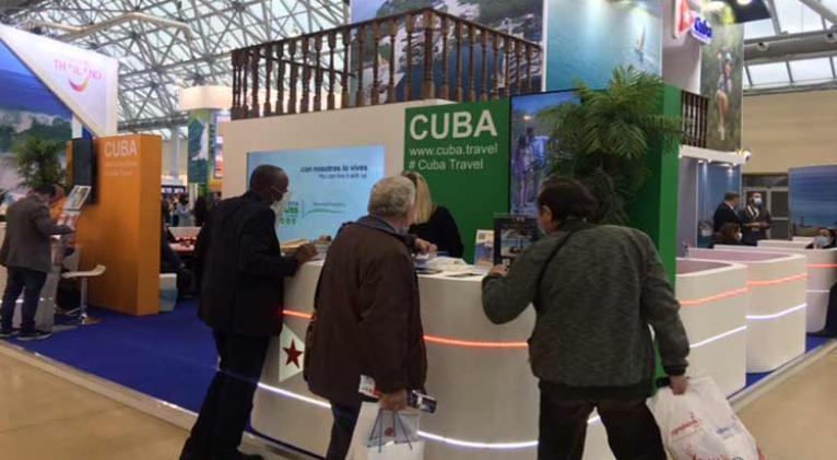 w cuba prioriza turismo2